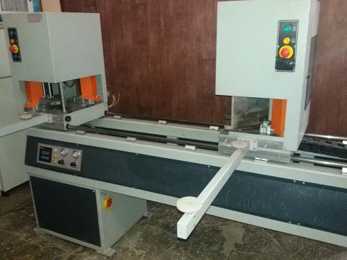 Welding-machine-Profiles-upvc (2)