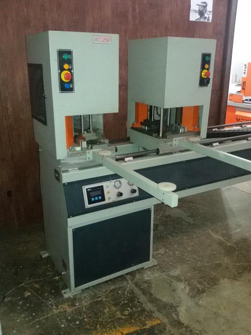 Welding-machine-Profiles-upvc (3)